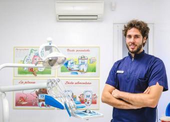 Studio specialistico dentista Como Meroni